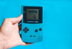 Fan Engineers Giant Working Game Boy Color Costume in Just 5 Days